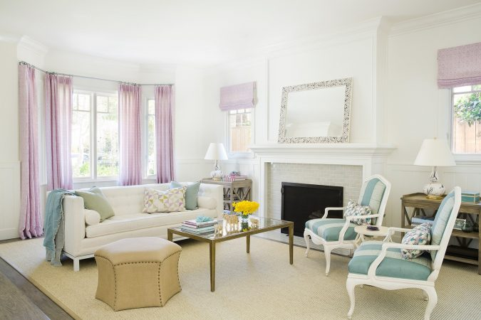 Interior-design-home-decor-living-room-Christine-Markatos-Design_SMCapeCod_5-675x450 5 Coastal Design Tips