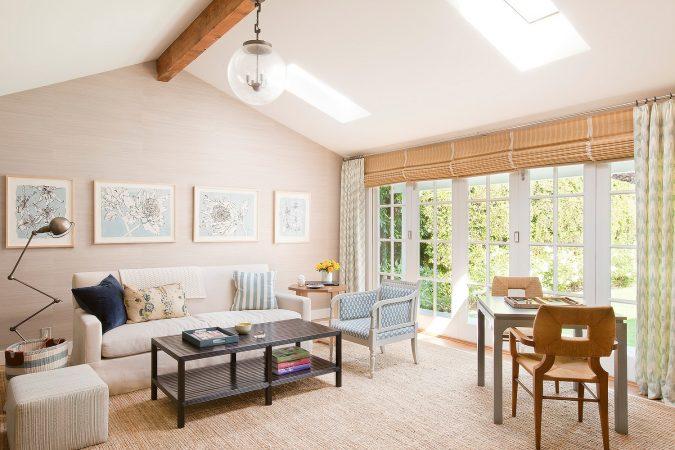 Interior-design-home-decor-living-room-Christine-Markatos-Design_SMEclecticCapeCod_6-675x450 5 Coastal Design Tips