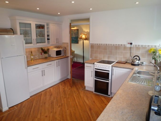 aip-elderly-home-safety-kitchen-675x506 Aging in Place: How to Make Your Home Senior-Friendly