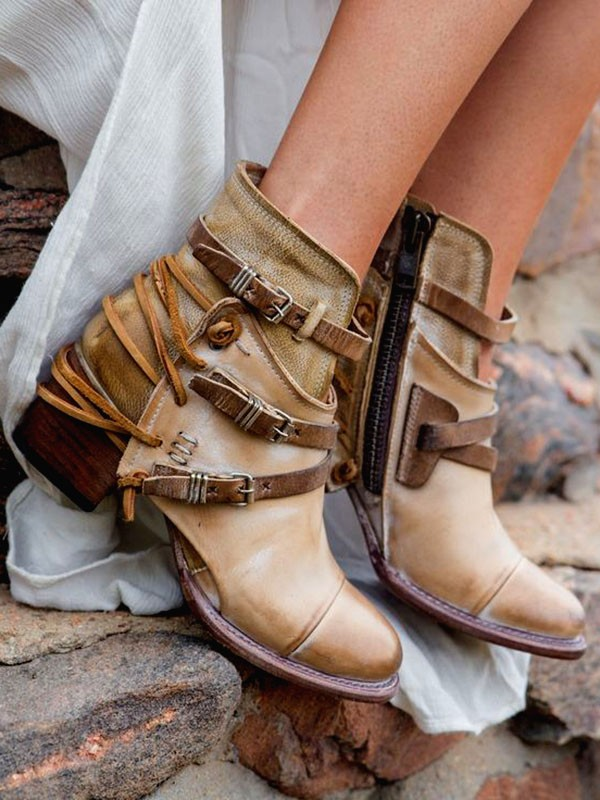 boho-boots-2 7 Bohemian Fashion Trends for Fall-Winter 2019