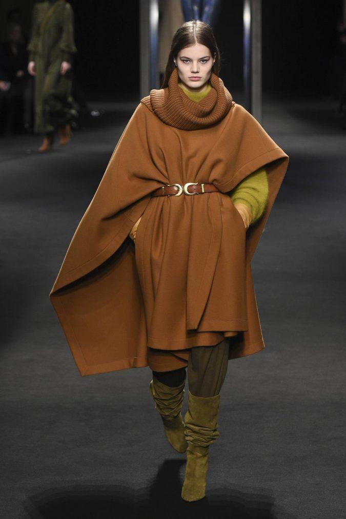 boho-fashion-2019-cape-675x1013 7 Bohemian Fashion Trends for Fall-Winter 2021