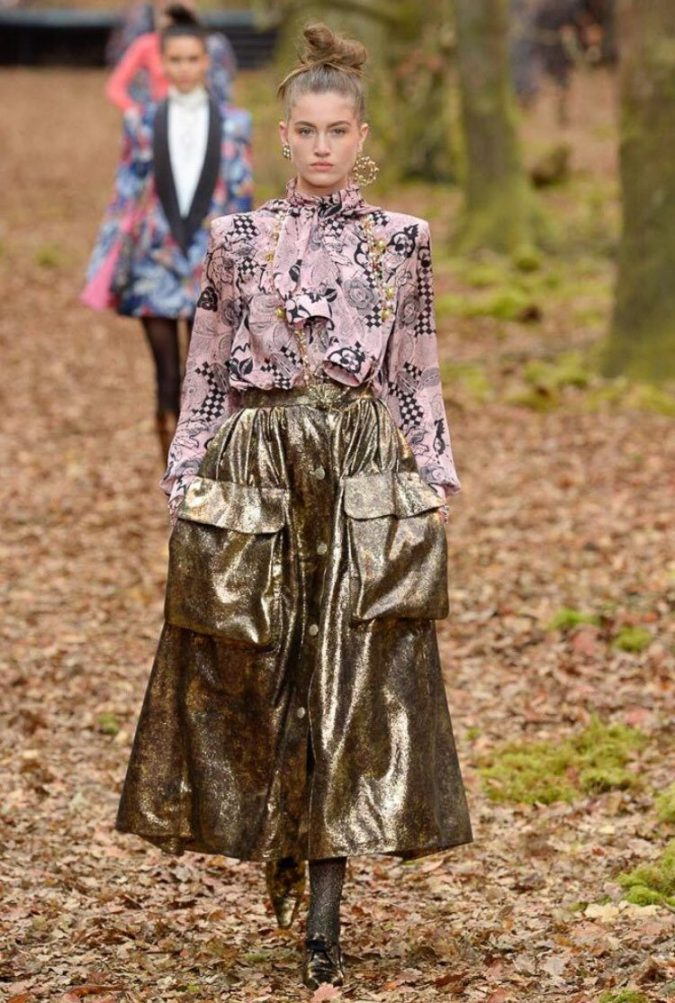 boho-fashion-chanel-winter-2019-675x1003 7 Bohemian Fashion Trends for Fall-Winter 2019