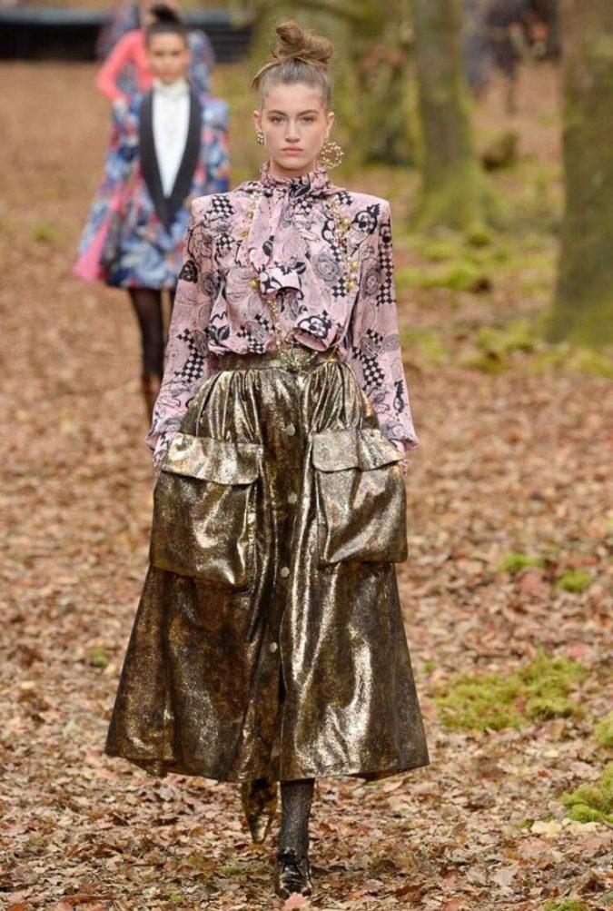 boho-fashion-chanel-winter-2019-675x1003 7 Bohemian Fashion Trends for Fall-Winter 2021