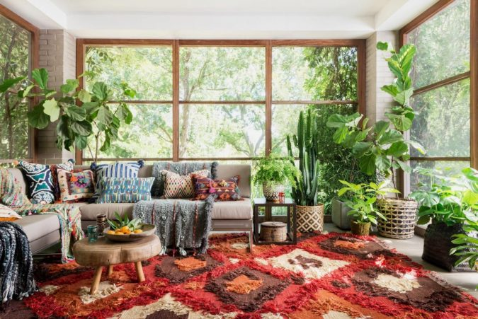 boho-home-decor-living-room-Moroccan-rug-41_FABLFD-05SQ00_2-1140x761-675x451 +45 Stellar Boho Interior Designs & Trends for 2019