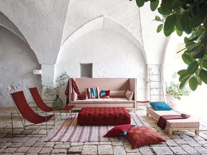 boho-home-decor-livingroom-red-675x506 +45 Stellar Boho Interior Designs & Trends for 2019