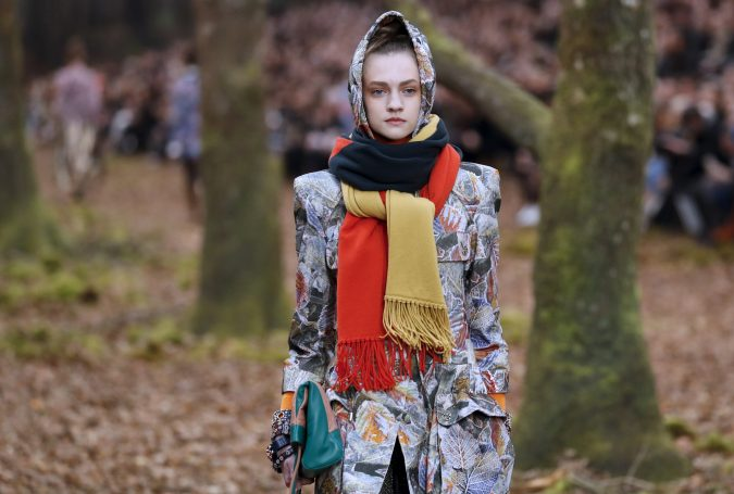 double-scarf-look-winter-scarf-675x455 8 Trendy Ways to Wear Winter Scarves Creatively