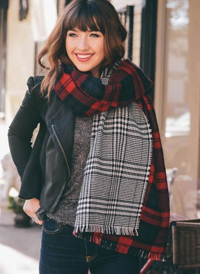 double-winter-headscarves-675x925 8 Trendy Ways to Wear Winter Scarves Creatively