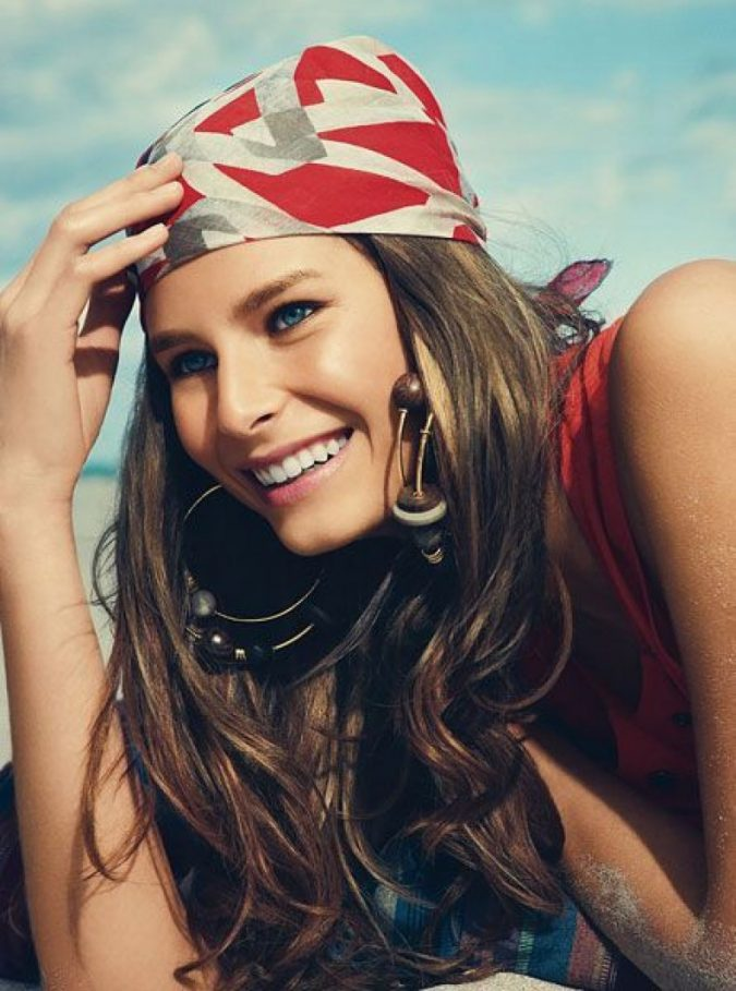 headscarf-675x909 8 Trendy Ways to Wear Winter Scarves Creatively