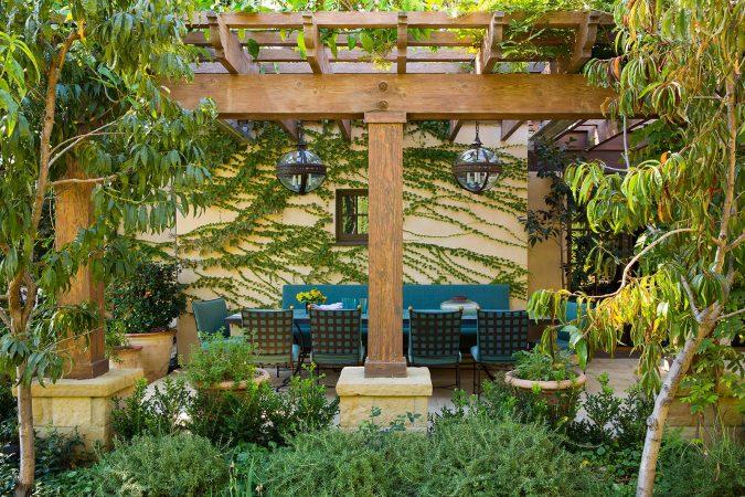 home-decor-home-garden-Christine-Markatos-Design_SMGuestHouse_1-675x450 5 Coastal Design Tips