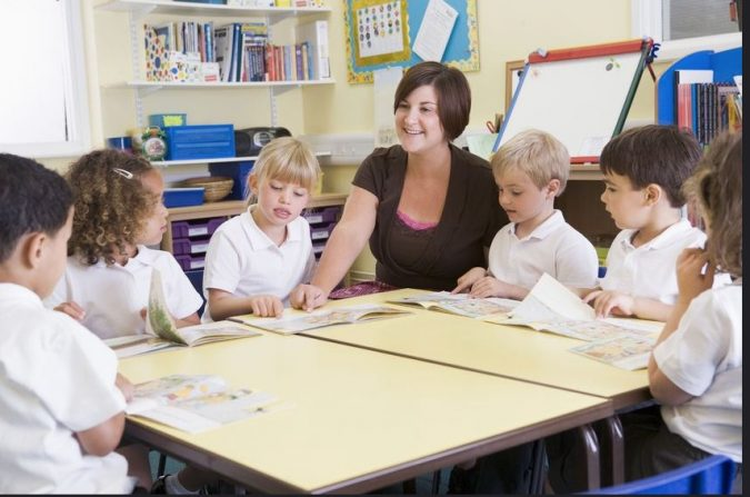 school.-675x447 Parent's Guide: How to Choose the Best School for Your Kids