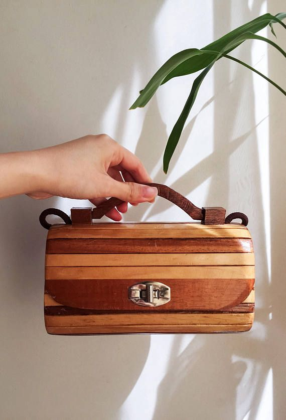 vintage-boho-chic-wooden-bag 7 Bohemian Fashion Trends for Fall-Winter 2019