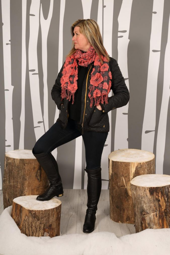 winter-scarf-675x1013 8 Trendy Ways to Wear Winter Scarves Creatively