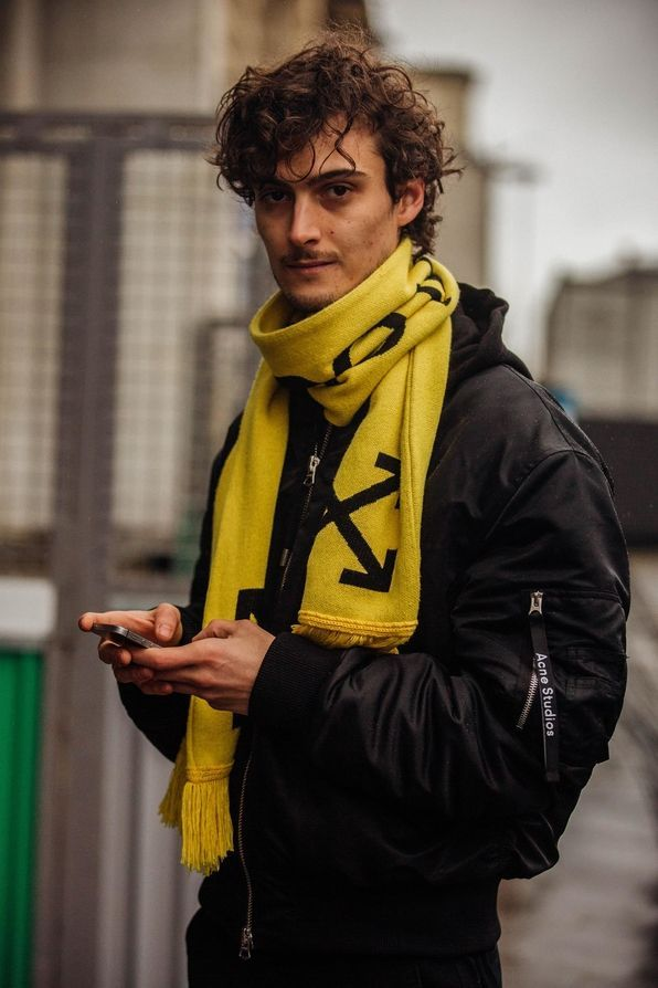 winter-scarf-for-men 8 Trendy Ways to Wear Winter Scarves Creatively .. [2019 Trends]