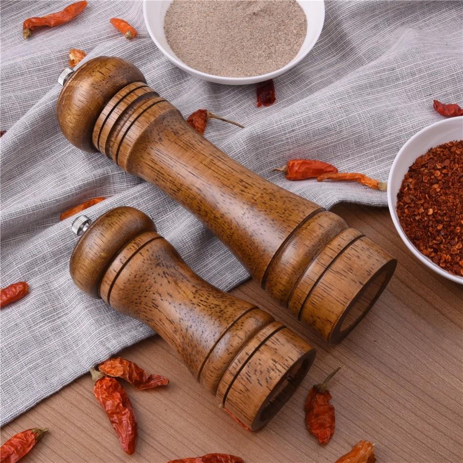 Oak-Wood-Salt-and-Pepper-Mill-Spice-Grinder-3 Premium Oak Wood Spice Grinder