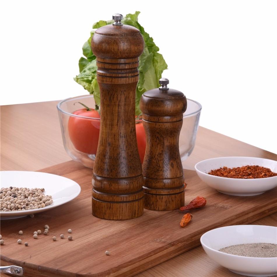 Oak-Wood-Salt-and-Pepper-Mill-Spice-Grinder-4 Premium Oak Wood Spice Grinder