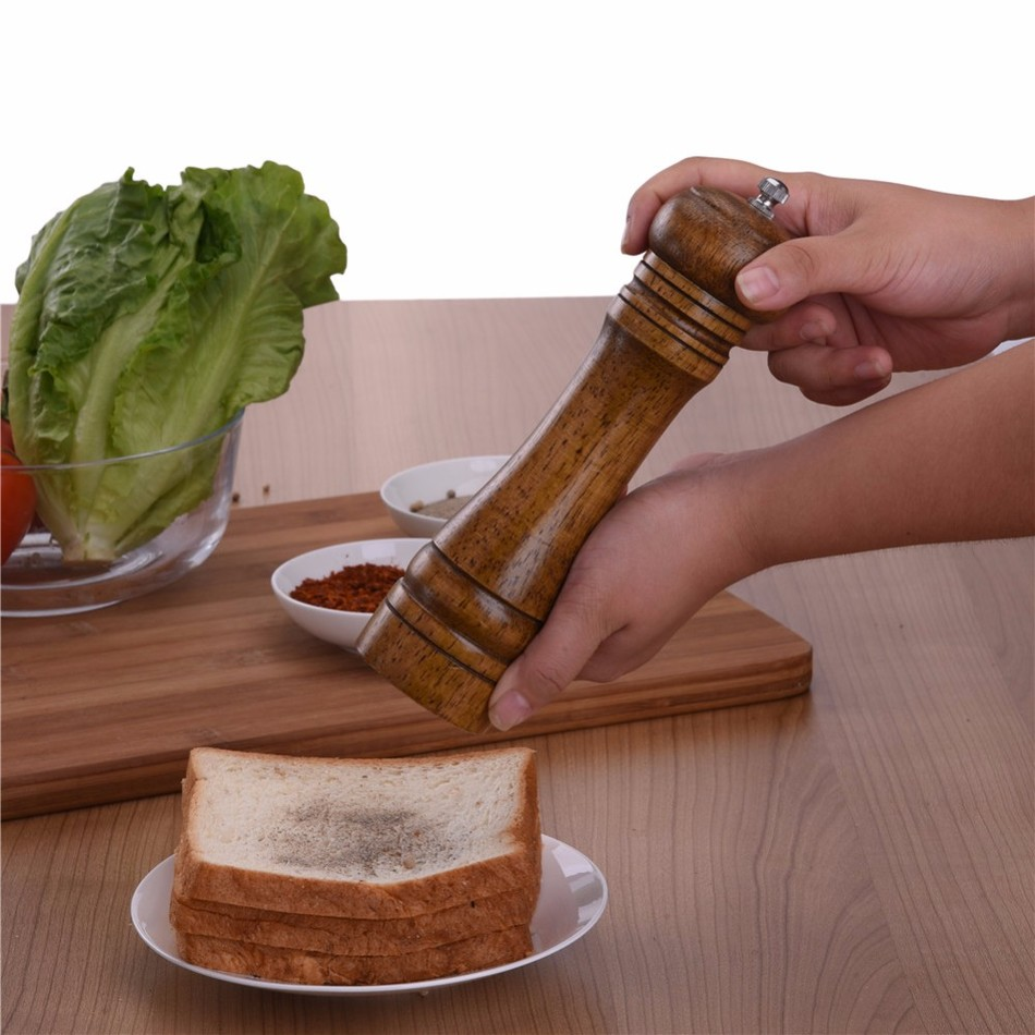 Oak-Wood-Salt-and-Pepper-Mill-Spice-Grinder-5 Premium Oak Wood Spice Grinder