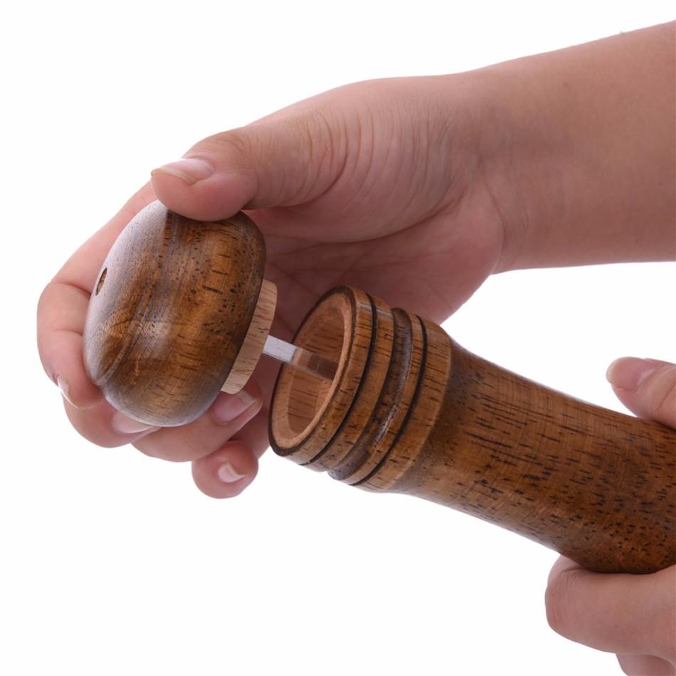 Oak-Wood-Salt-and-Pepper-Mill-Spice-Grinder-7 Premium Oak Wood Spice Grinder