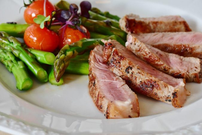 Paleo-diet-asparagus-barbecue-cuisine-361184-675x450 Spotlight on the Paleo Diet: Is It for You?