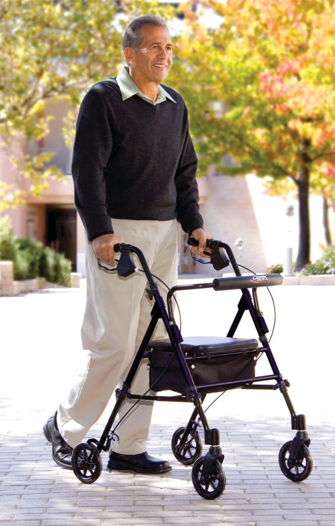 Roller-Walkers-1-675x1060 Top 4 Devices That Make Travel Easier for Seniors