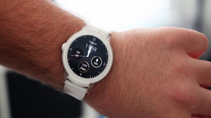 Ticwatch-E-Super-Lightweight-Smart-Watch.-675x380 Top 10 Best Back to School Gadgets 2018/2019