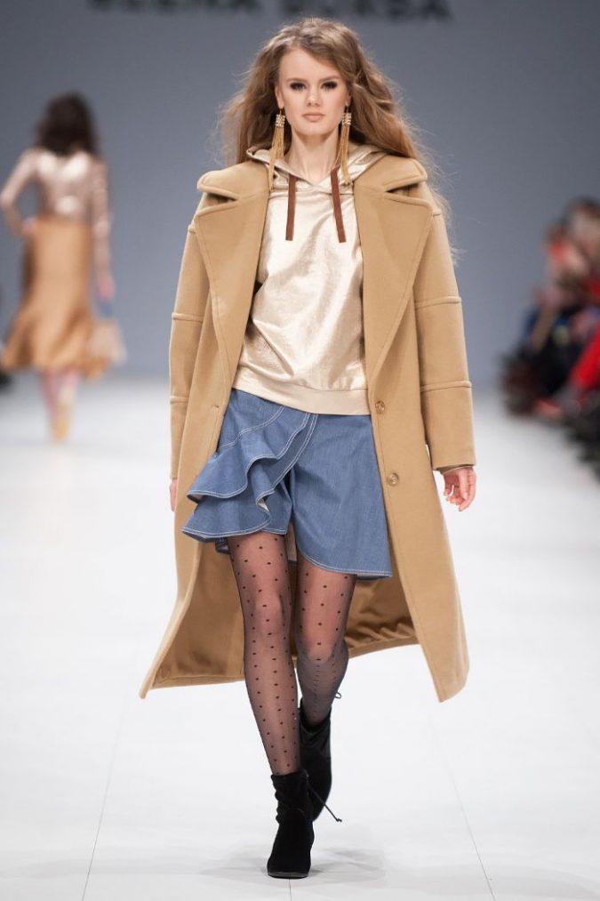 Winter-outfit-denim-skirt-Ukrainian-fashion-week-fall-winter-2019-675x1013 70+ Retro Fashion Ideas & Trends for Fall/Winter 2019