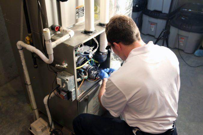 furnace-repair-IMG_1401-2-675x450 Is a DIY Furnace Repair a Good Idea?