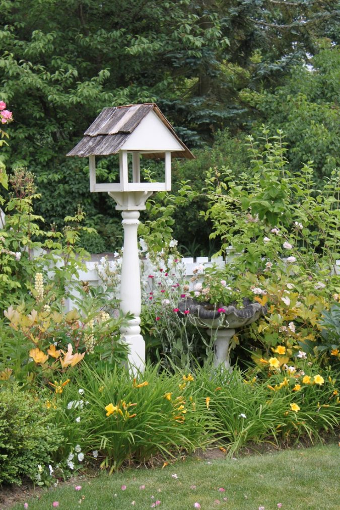 home-garden-bird-feeder-675x1013 8 Ideas to Revamp Your Garden for 2019