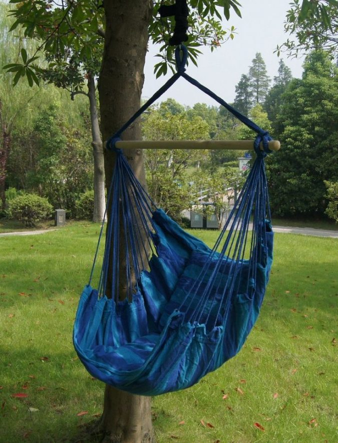 home-garden-hanging-chair-2-675x883 8 Ideas to Revamp Your Garden for 2019