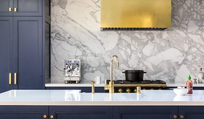 kitchen-decor-Brass-dominated-kitchen-2-675x394 10 Outdated Kitchen Trends to Substitute in 2020