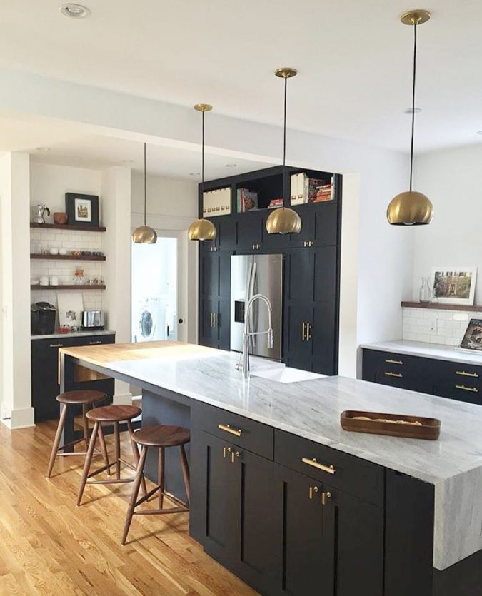 kitchen-decor-Brass-dominated-kitchen-675x835 10 Outdated Kitchen Trends to Substitute in 2019