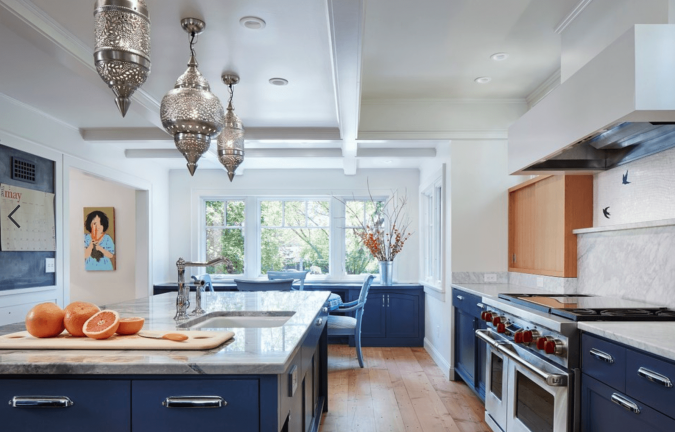 kitchen-decor-navy-cabinets-675x432 Top 10 Stylish and Practical Kitchen Design Trends for 2020