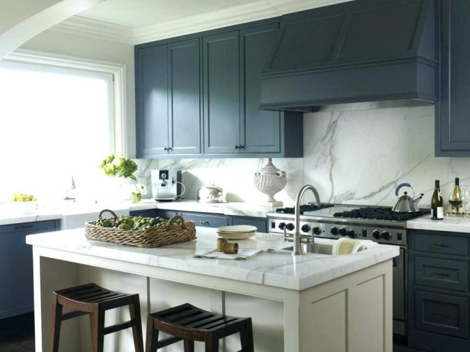 kitchen-decor-windows-675x506 10 Outdated Kitchen Trends to Substitute in 2021