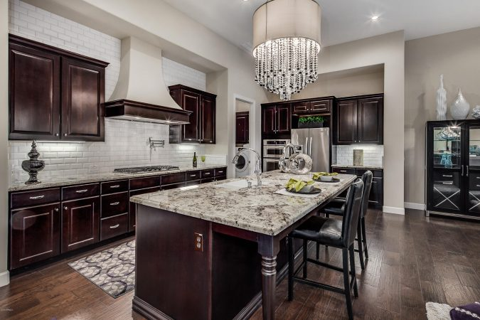 kitchen-decor-wood-cabinets-675x450 10 Outdated Kitchen Trends to Substitute in 2019