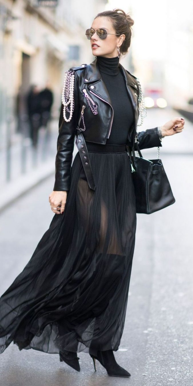 leather-jacket-outfit-675x1351 70+ Retro Fashion Ideas & Trends for Fall/Winter 2019