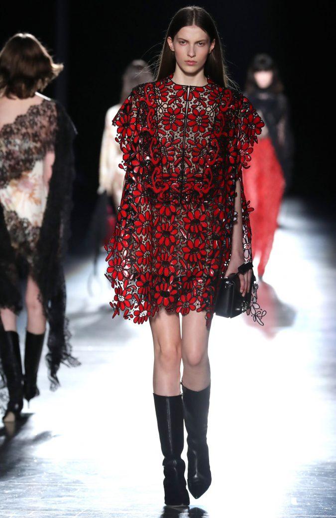 mini-dress-Christopher-Kane-winter-fashion-219-675x1041 70+ Retro Fashion Ideas & Trends for Fall/Winter 2020