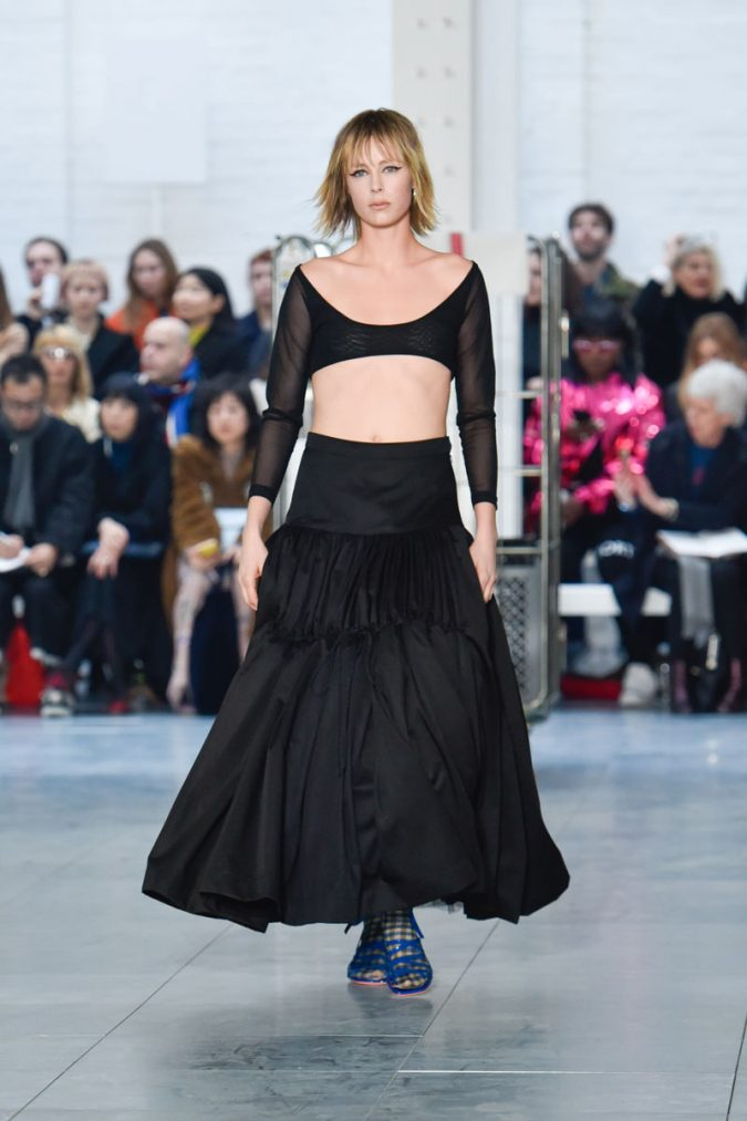 retro-fashion-outfit-cropped-top-maxi-dress-Molly-Goddard-AW18-Look-1-675x1013 70+ Retro Fashion Ideas & Trends for Fall/Winter 2019