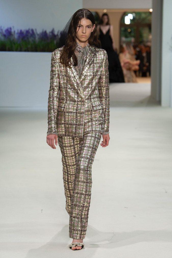 retro-fashion-outfit-suit-Giambattista-Vallie-Haute-Couture-fall-winter-2019-675x1013 70+ Retro Fashion Ideas & Trends for Fall/Winter 2019