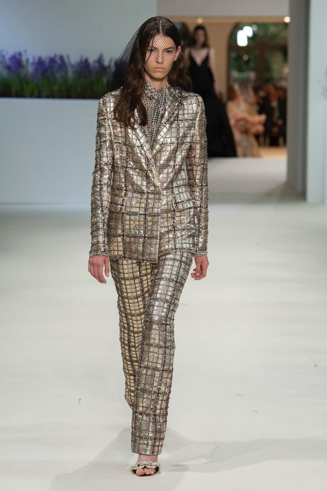 retro-fashion-outfit-suit-Giambattista-Vallie-Haute-Couture-fall-winter-2019-675x1013 70+ Retro Fashion Ideas & Trends for Fall/Winter 2020