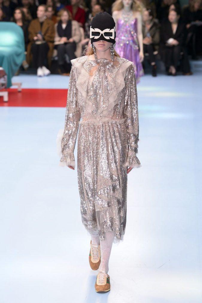 retro-outfit-dress-gucci-rf18-0232-1519289274-675x1013 70+ Retro Fashion Ideas & Trends for Fall/Winter 2020