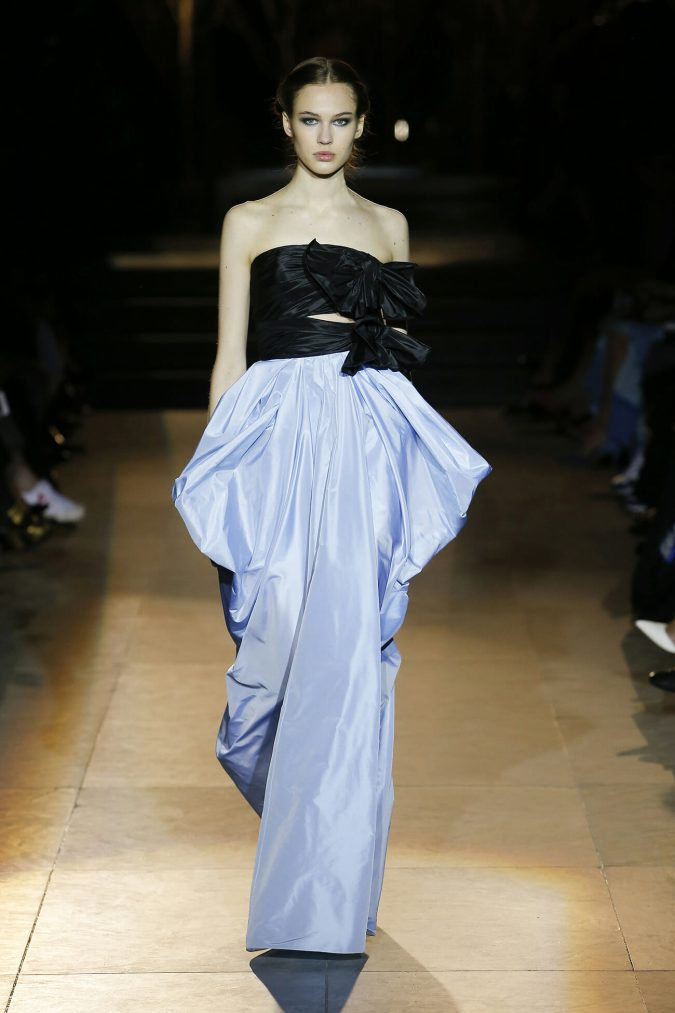 retro-outfit-gown-carolina-herrera-new-york-fashion-fall-2018-runway-show-look-37-675x1013 70+ Retro Fashion Ideas & Trends for Fall/Winter 2020