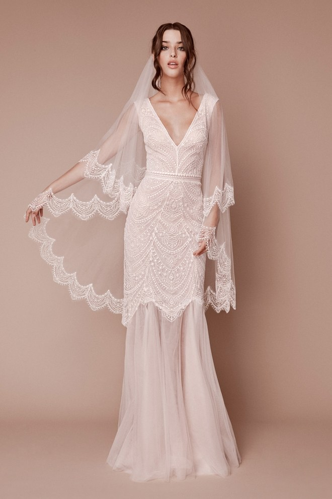 00007-Tadashi-Shoji-bridal-fall-2019-credit-Angelo-Sgambati 150+ Bridal Fashion Trends and Ideas for Fall/winter 2020