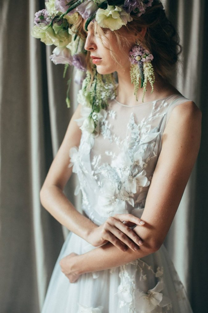 009-The-2019-Wedding-Dress-Trends-Brides-Need-to-Know-675x1013 150+ Bridal Fashion Trends and Ideas for Fall/winter 2019