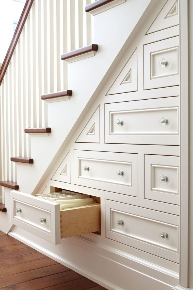 1460041027-clx020115wellsmallspacetips-03-675x1013 Top 10 Ways to Make A House Look Bigger And More Spacious