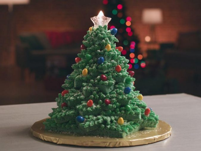 Christmas-tree-cake-675x507 Make this Christmas Day Delighted with Delicious Theme Cakes