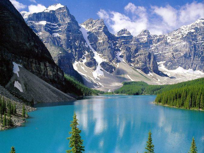 Emerald-Lake-yukon-Canada-675x506 5 Hidden Gems to Visit in Canada