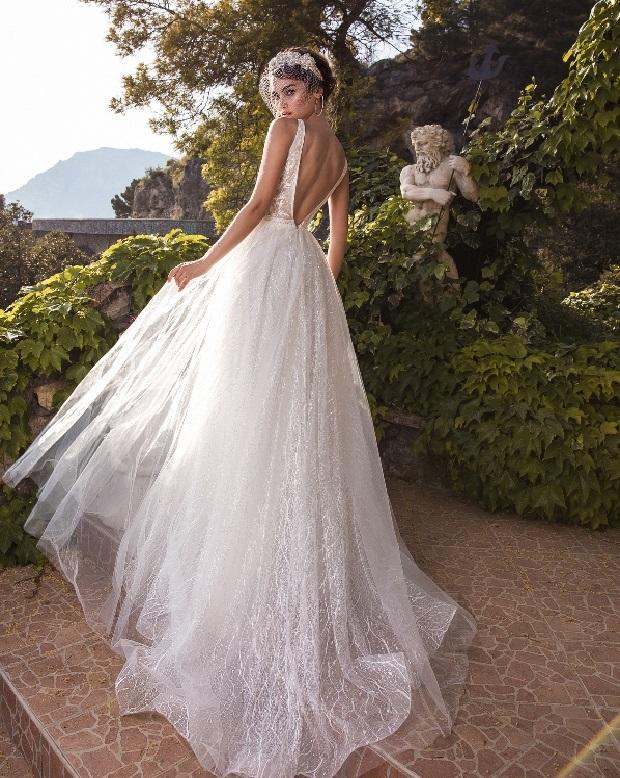 LaPetra-2019-ailin-wedding-dress-1-bmodish-1 150+ Bridal Fashion Trends and Ideas for Fall/winter 2019