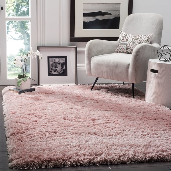 Plain-Color-Rugs. Top 10 Ways to Make A House Look Bigger And More Spacious