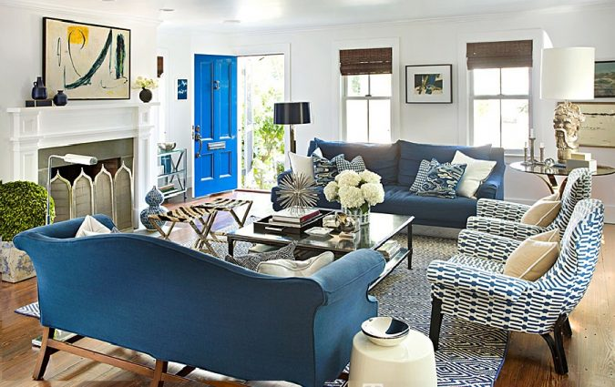 Raised-Arm-Chairs.-675x425 Top 10 Ways to Make A House Look Bigger And More Spacious