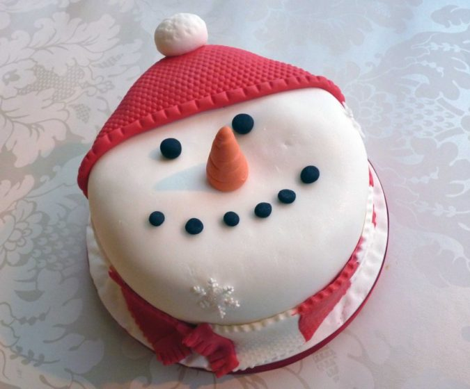 Snowman-cake-2-675x560 Make this Christmas Day Delighted with Delicious Theme Cakes