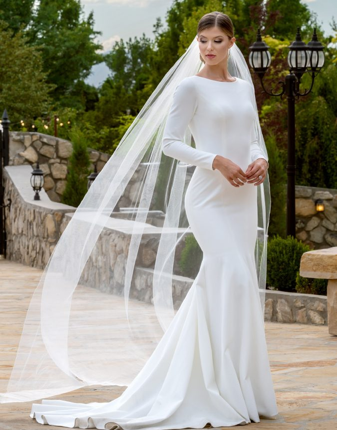 TR11988-editorial-675x862 150+ Bridal Fashion Trends and Ideas for Fall/winter 2019